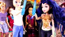 Descendants Mal & Evie Pregnant and Having a Baby in Their