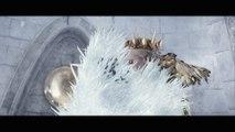 """Le Chasseur et la Reine des Glaces / Extrait """"Le combat contre Ravenna"""" VOST [Au cinéma le 20 avril 2016]"""