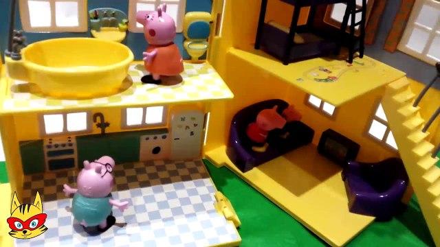 [Peppa Pig en español] Peppa la cerdita es castigada por Mama Pig