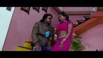 Hot & Sexy scene from Bhojpuri Movie - Tu Jaan Hau Hamaar