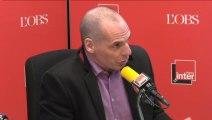 """Yanis Varoufakis : """"Le seul risque qui terrifie les pouvoirs qui tiennent l'Europe, c'est la démocratie"""""""
