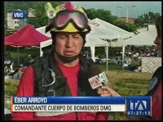 Éber Arroyo, Comandante Bomberos de Quito, sobre rescate a sobrevivientes