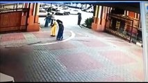 Chain Snatching Thief on bike Snatches Woman's Ornament