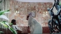 Aadhi Raat Ko - Sexy Bollywood Song - Jung - Rambha, Ajay Devgan