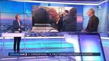 """Varoufakis : Hollande """"est une immense déception"""""""