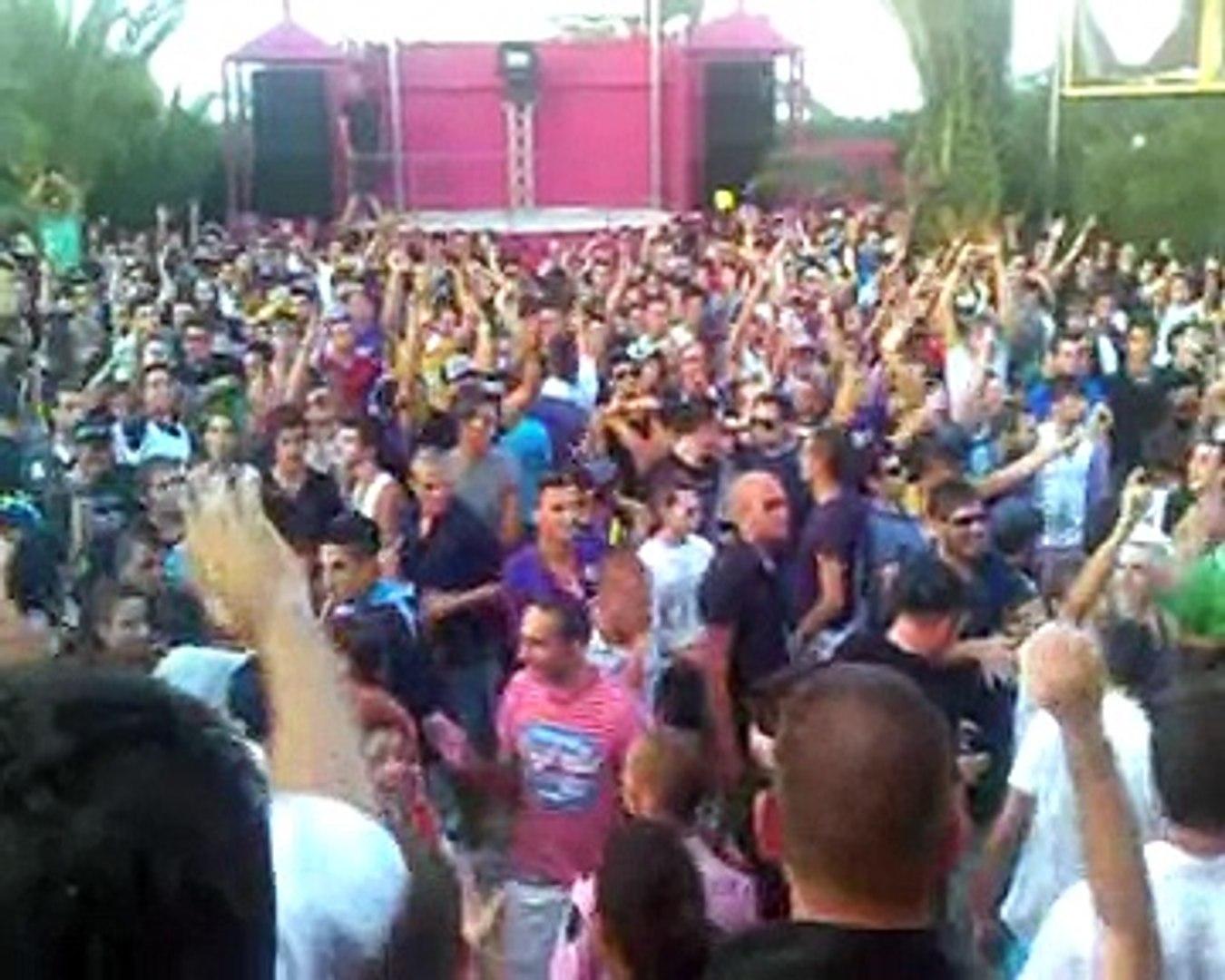 ALBA LUCA AGNELLI Discoteca GUENDALINA 22 agosto 2009 - video dailymotion