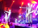 Jonas Brothers Hold on in Cologne, Germany 15/11/2009