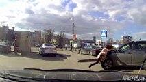 Pédestrians Vs Traffic #2 | Pedestrians on the road | Piétons contre voitures | Avril 2016