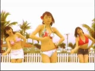Tokito Ami Tawawa Natsu Bikini Danceshot