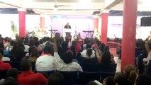 BEN-HUR BERROA adorando en higuey iglesia Emaús(2)