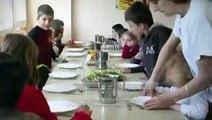 Cantine 100% bio d'Ytrac (Cantal).flv