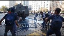 Encapuchados protagonizan disturbios durante marcha de estudiantes en Chile