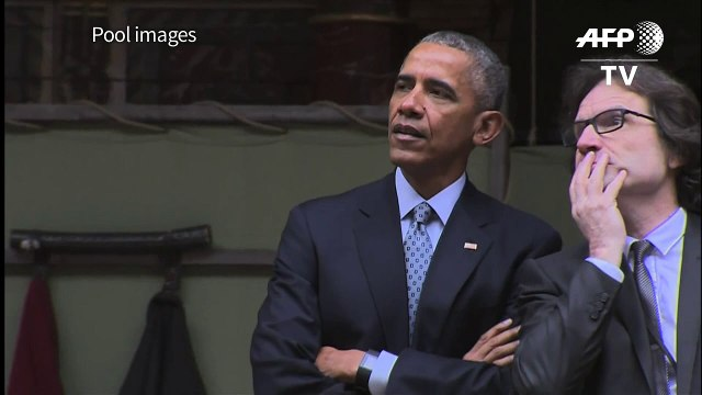 The play's the thing: Obama visits Globe on Shakespeare's 400th