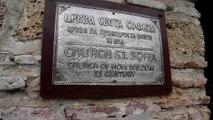 De kerk St.Sofia in Ohrid en het plein van de Oude Stad te Macedonië