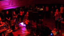 Guise : concert de Saule au familistère
