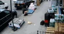 Un homme victime de diarrhée explosive dans la rue à New-York
