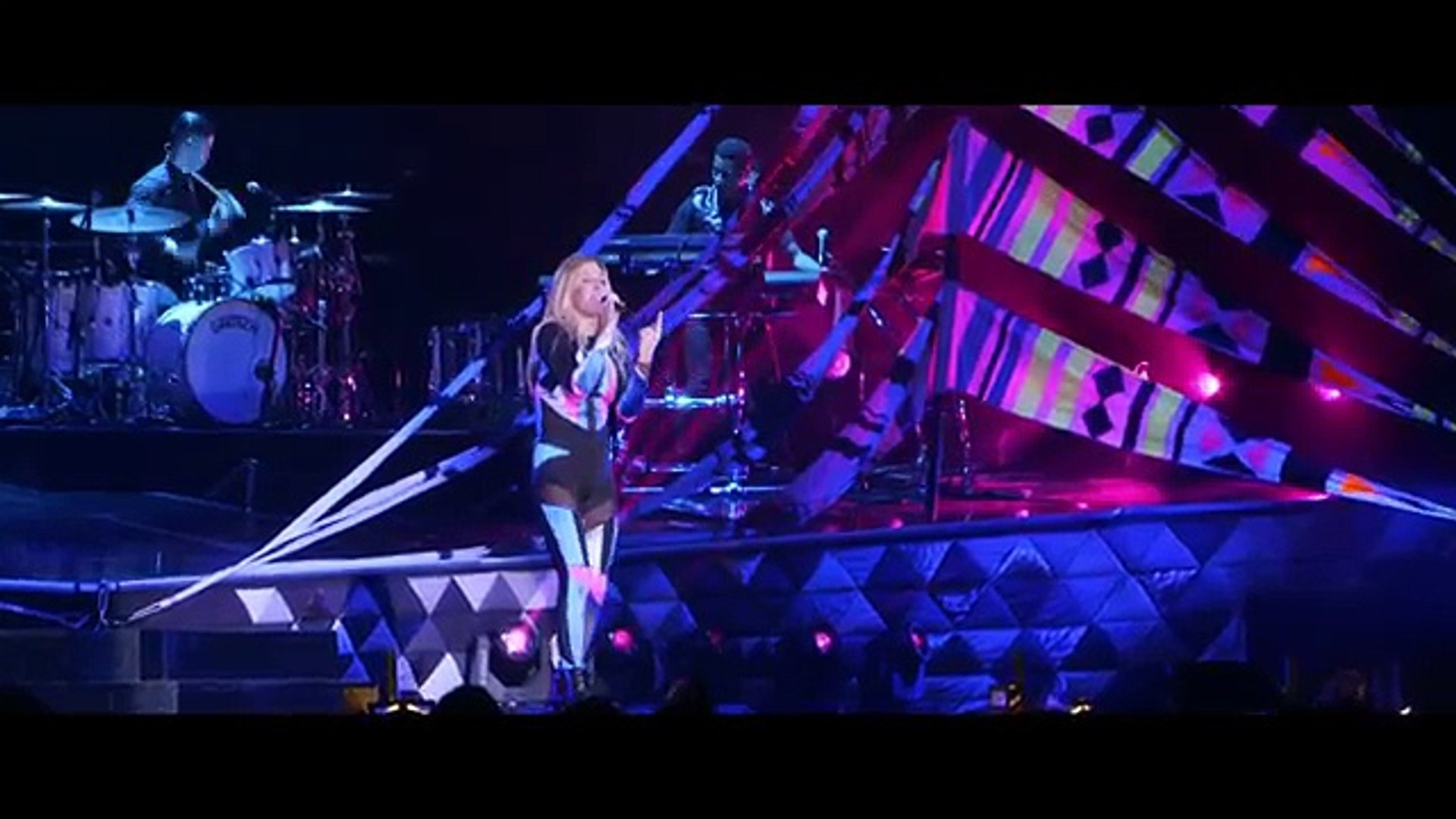 Ellie Goulding - Don't Need Nobody (Vevo Presents- Live in London)