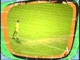 Funny Humour - Régis joue au Foot et rate un penalty