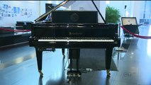 Piano performs songs by jazz legend Oscar Peterson