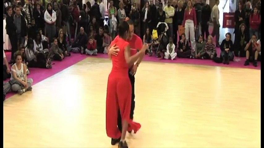 2009 - Improvisation Salsa avec Valérie Mitchelson au FormExpo by Occo Style
