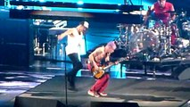 Red Hot Chili Peppers -- Throw Away your Television Live at Bercy 19-10-11 By Romguitare