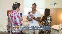 Simony e o filho recebem alta da maternidade: estou muito feliz