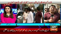 FixIt campaigner Alamgir Khan reaches police station in support of Iqrar