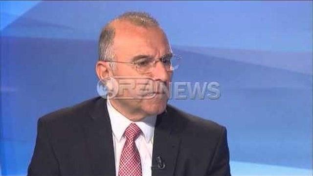 Ish zv/drejtori i SHISH flet pas shkarkimit nga detyra- Ora News- Lajmi i fundit-