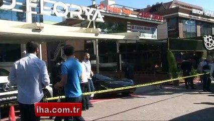 İstanbul Florya'da Oto galeride silahlı çatışma 1 ölü 2 yaralı