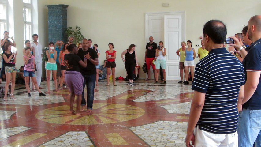 2015 - 1st bachata workshop - end of class with improvisation in Croatia by Occo Style