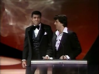 Rocky & Muhammad Ali come face to face at the 1977 Oscar awards.