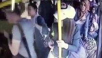 Pervers VS groupe de filles dans un bus. Il prend cher le gars