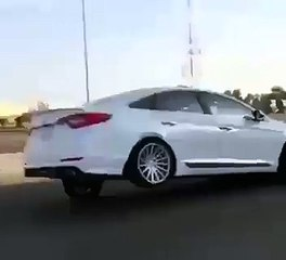 Dancing Car - Top Videos of Car - Tubeinto.com