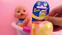 Sel de bain pour un bain amusant – Nous testons la baignoire du Baby Born avec lœuf magiq