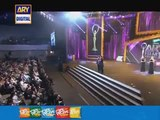 Ahmed Ali Butt & Hamza Ali Abbasi Making Fun of Qandeel Baloch - Ary Film Awards 2016
