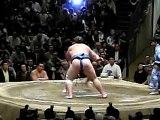 Hakuho vs Baruto . Sumo. Tokyo Grand tournament 24 Sep 2010