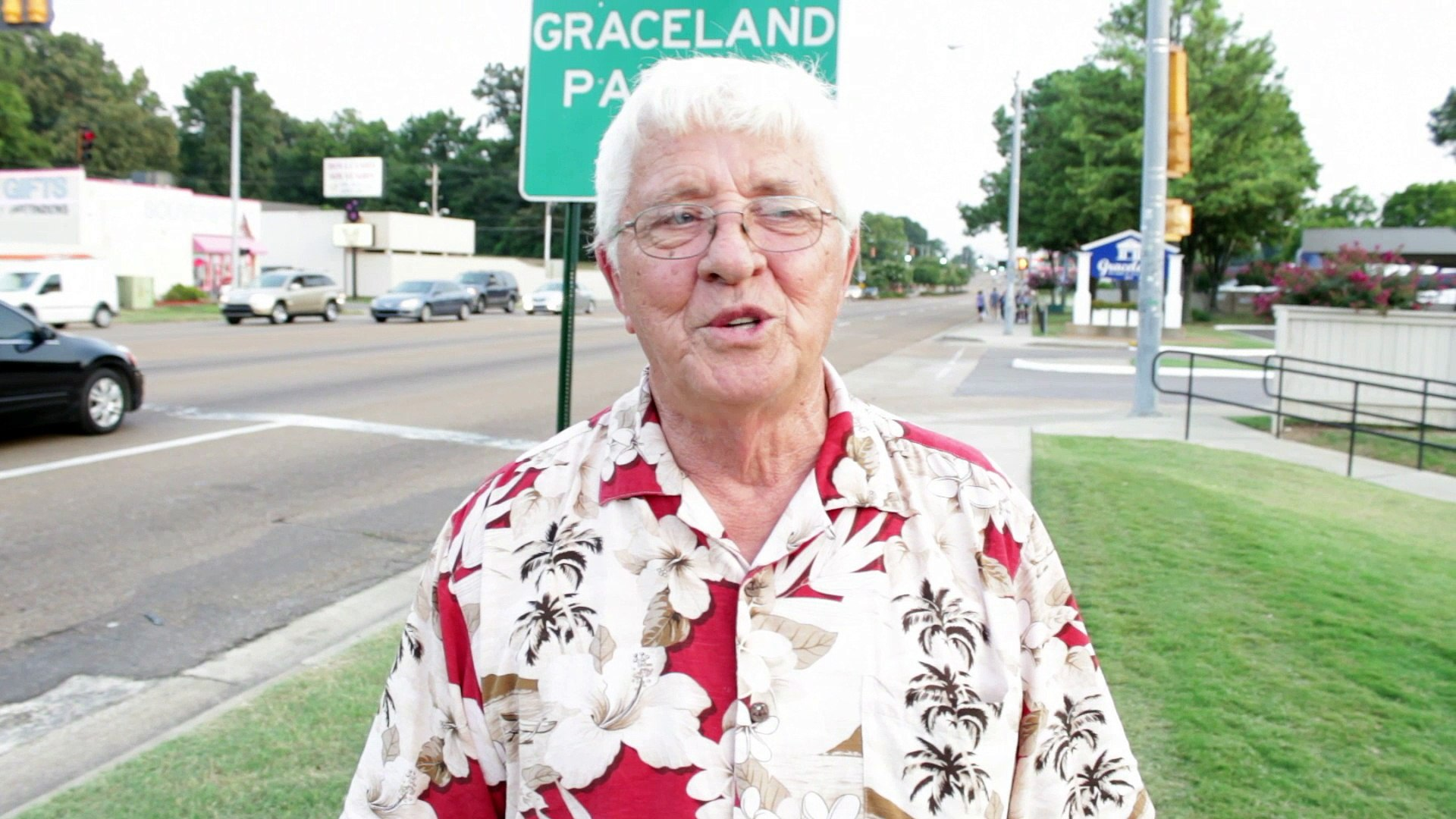 BJ Whitman interview on getting to know and have pie with Elvis mother Gladys Presley 2014