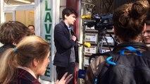 Des  journalistes d'I-Télé pris en flag de manipulation médiatiques par des passants