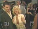 Nick Lachey & Jessica Simpson Skin Is In clip