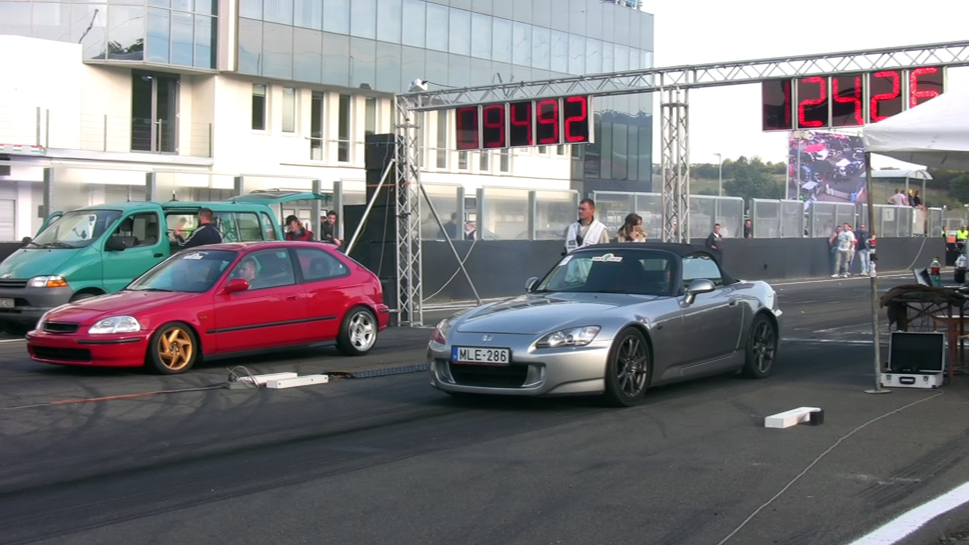 Honda S2000 Vs. Honda Civic VTI