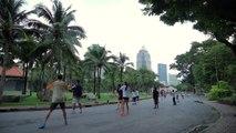 5 Mins To Relax : 5 Mins To Relax : Aerobic dance, Lumphini Park Bangkok Thailand