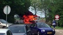 Beelden: Camper brandt uit in Oude Pekela - RTV Noord
