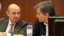El Eurogrupo propone un alivio a la deuda griega por fases