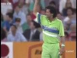 Batsman Shivering while Imran Khan Bowling