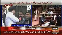 How Iqrar ul Hassan Anchor Sar e Aam Was Behaved by Sindh Police in Jail -