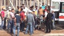 Şanlıurfa?da Köprülü Kavşak İnşaatında Çalışan Suriyeli İşçi Yaralandı