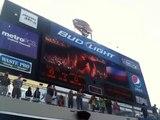 Des avions de chasse en rase-motte au dessus d'un stade de Football Américain : ça c'est du show