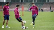FC Barcelona training session: Last training session before League decider