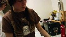 Chopping Onions (Drunken Cooking, LHH #25)