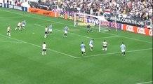 Fez fila! Marquinhos Gabriel deixa quatro marcadores para trás e quase faz um golaço